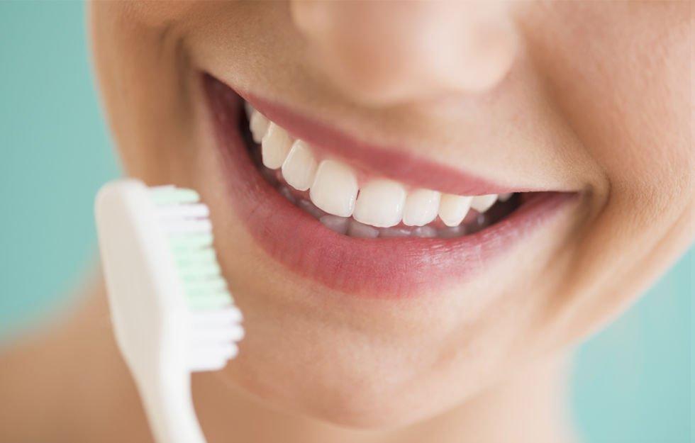 Dentifricio sbiancante: funziona davvero?
